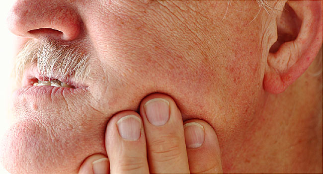 4 Common Things that Cause Jaw Pain